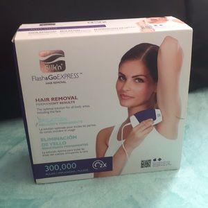 Silk'n Flash & Go express- at home hair removal